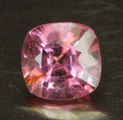 SPINELL      tolle  Farbe     0,86 ct