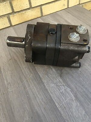 DANFOSS HYDRAULIC MOTOR OMS80 32MM SHAFT  4 BOLT FIXING  Inc Vat