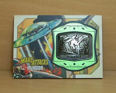 2013 Topps Mars Attacks Invasion MM-10 Medallion card The Skyscraper Tumbles