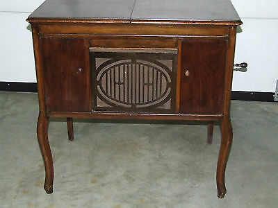 Antique Working 1920's BRUNSWICK Lowboy Ultona Wind-Up Phonograph Record Player