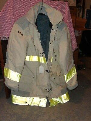 Jamesville Fire fighter Turnout Coat, white, Size 42. Chief's, never saw fire!