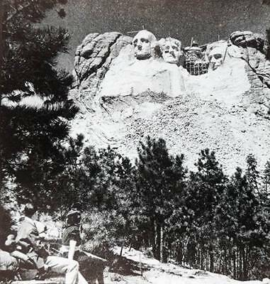 c1920 Mount Rushmore Memorial Borglum & Workers on Roosevelt Photo Lantern Slide