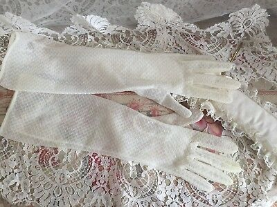 Chic Pair Of Antique French Wedding White Tulle Women Evening Gloves Textile