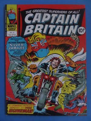 Captain Britain 37 1977 Uk Marvel Silver Jubilee! High Grade!