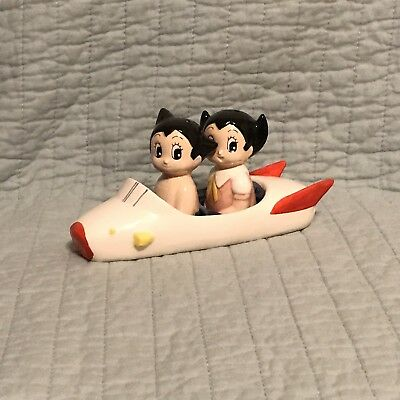 Rare ASTRO BOY And GIRL In ROCKET SHIP Salt And Pepper Shaker Set