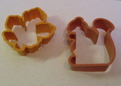 Lot of 2 THANKSGIVING Autumn LEAF Squirrel COOKIE CUTTERS Very Cute!!