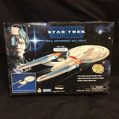 Star Trek First Contact USS Enterprise NCC-1701-E Playmates Sealed