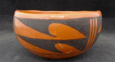 Native American Hopi Pottery Pot Signed Christine Poleahla GOOD CONDITION