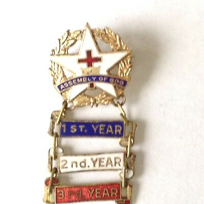Vintage Assembly of God Collectible Enameled Pinback attendance Pin-3 years.