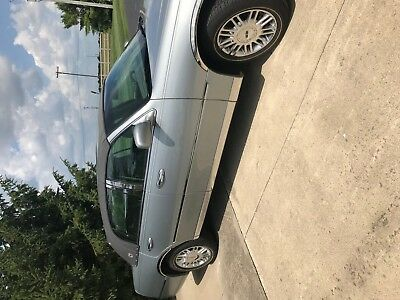 2006 Lincoln Town Car chrome