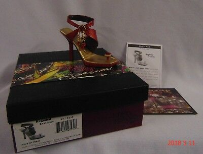Just The Right Shoe FLIRT IN RED 2006 Exclusive #25255 New In Box COA