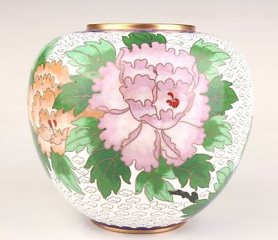 Chinese Handmade Old Cloisonne Rare White Flower Jar Pot Collection