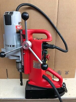 """Milwaukee 4203 3/4"""" Electromagnetic Mag Magnetic Drill Press Swivel Base 4262-1"""