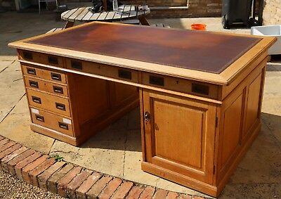 Antique Large Double Sided Oak Partners Office Desk