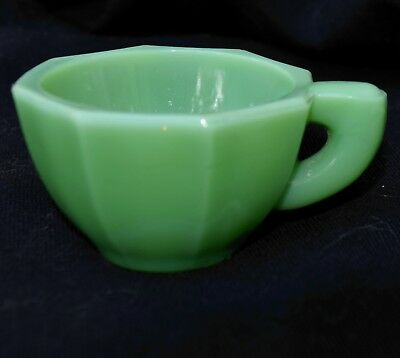 AKRO AGATE VINTAGE 1940's JADEITE GLASS TOY TEA SET CUP WITH OPEN EAR HANDLE
