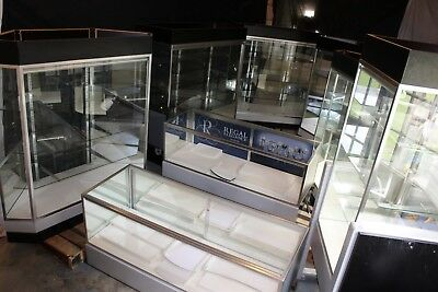 9 Deluxe Extra Vision Showcases / Retail Jewelry Display Cases - LED Lighting