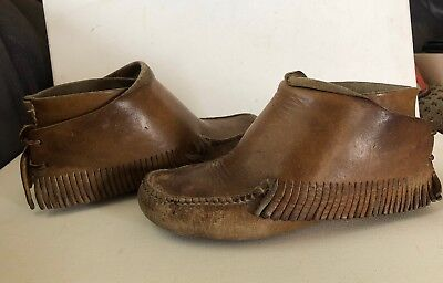 Carl Dyer Vintage Hand Made Leather Fringed Moccassins Size 6