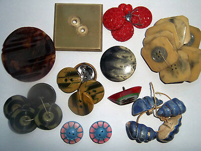Lot d'une centaine de boutons anciens 5 photos