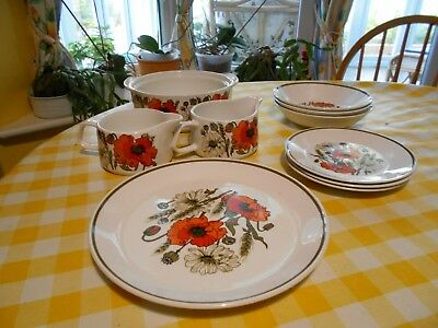 J and G Meakin Poppy-plates and bowls
