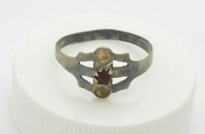 Post medieval period 84 Silver ring with ruby gemstone. 18 Century