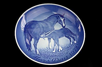 Vintage Bing & Grondahl Mother's Day Collector Plate 1972 Horses Blue White