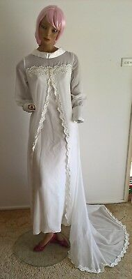 Vintage 60's Cann's wedding dress with reverse collar & sweeping train 8/XS