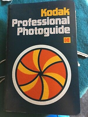 Vintage Kodak Professional Photoguide 1st Ed 1975 Manual Calculate Color Charts