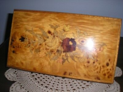 Jewelry box- Wood Inlaid Floral- Pioppo wood