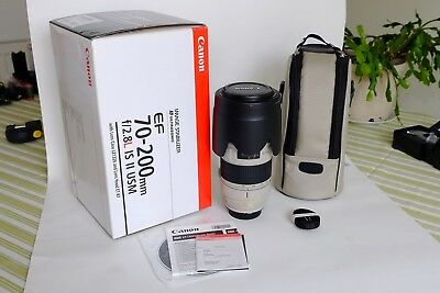 CANON EF 70-200 mm f/2.8 L IS USM II LENS - Near Mint Condition