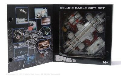 NEW DIECAST SPACE 1999 LABORATORY EAGLE TRANSPORTER  GIFT SET Product Enterprise