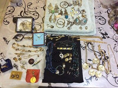 Job Lot of Vintage & Modern Jewellery Including 925 Sterling Silver 99p. WOOW !!