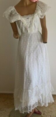 vintage 80's floral lace gypsy bohemian ruffled off shoulder wedding dress 8/XS