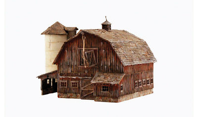 Woodland Scenics BR4932 N-Scale Old Weathered Barn & Silo, Classic, Built-Up