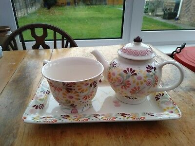 Emma Bridgewater rectangle serving plate. New collecters buttons 1st