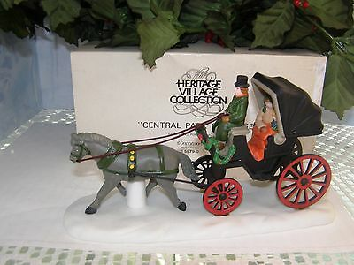 DEPT 56 CENTRAL PARK CARRIAGE 59790 Christmas In The