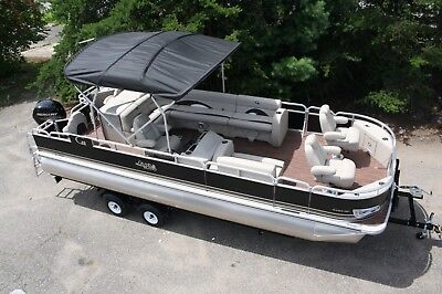 New 24  fish and fun Grand Island pontoon boat with wood grain floor vinyl