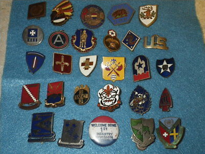 Original WWII - 1950s  US Army Mixed  DI Lot - 26 Items
