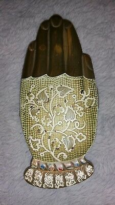 """Vintage Volupte """"Gay Nineties White Lace Mitt"""" Hand Shaped Compact"""