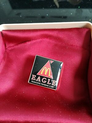 alter McDonald Ansteck Pin