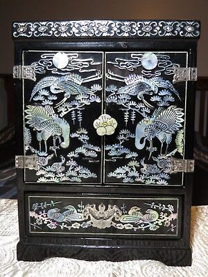 Vintage Asian Chinese Black Lacquer Pearl Inlay Jewelry Box Chest Crane Bird