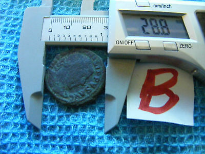 LARGE size Ancient Roman Coin,,bronze.(B).