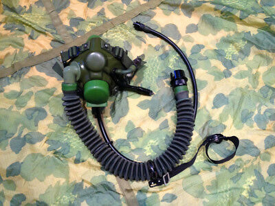 Military Tactical Surplus Chinese Air Force Fighter Pilot Ym-6/-9 Oxygen Mask