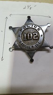 Vintage Lincoln Illinois 102 police badge obsolete, Russell uniform co. New york