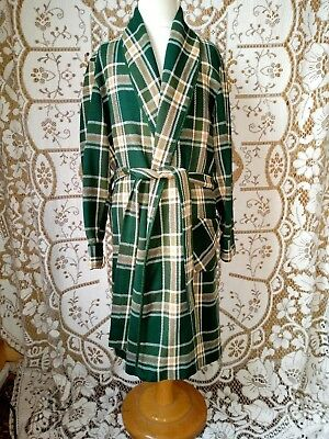 Vintage St Michael green checked dressing gown Size Age 7-10. G
