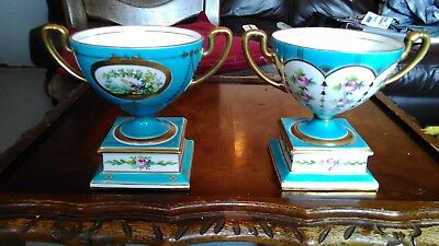 Minton antique twin handled urns/Vases pair