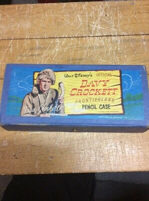 1950s Walt Disney's Davy Crockett Official Frontierland Pencil case pencils