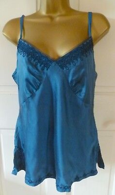 Vtg Style Coast Beautiful Blue 100% Silk Camisole Top Pretty Embroidery Size 12