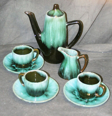 Vintage Blue Mountain Pottery Coffee Pot, (3) Cup & Saucers & Creamer