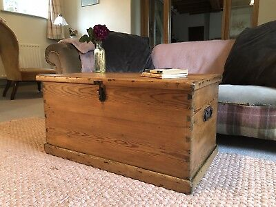 Old ANTIQUE PINE CHEST, Wooden Blanket TRUNK Coffee TABLE, Storage BOX, Vintage