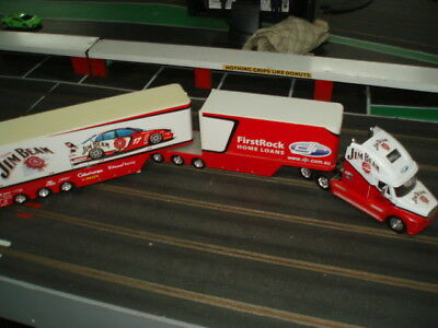 Scalextric Slot Car Display 1:32 Jim Beam Prime Mover with 2 trailers VG Cond